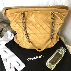 Chanel Sharpei Tote in Sand w/ duster and box